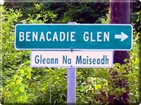 English and Canadian Gaelic Sign